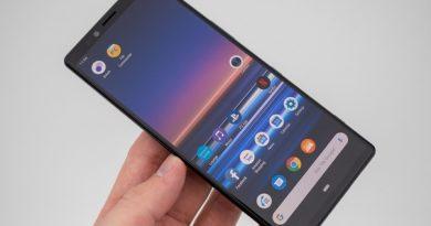 Sony готовит первый смартфон с 5K-экраном Представленный