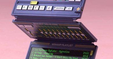 Концепт портативного складывающегося плеера Winamp